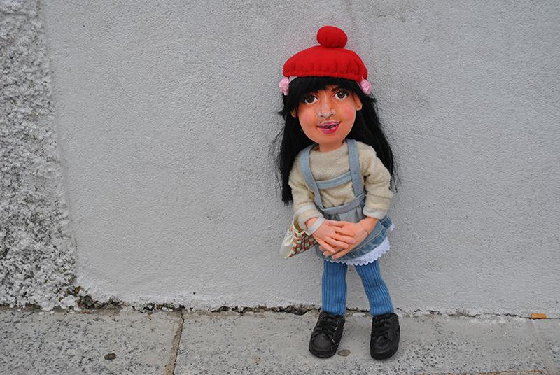 muñeca personalizada y vestida antigua con tu cara o la de tu hija para niñas día de la madre