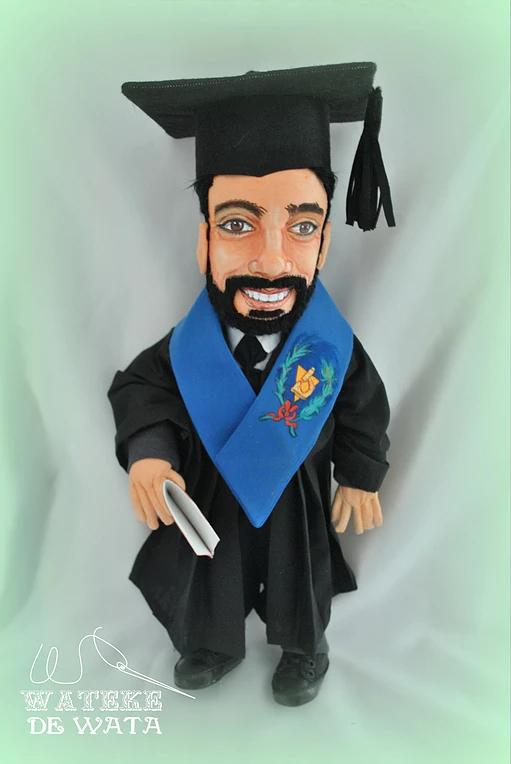 muñecos personalizados de profesiones, regalos originales de gracuación para chico