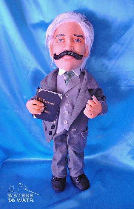 muñecos de traop personalizados con tu cara y vestidos económicos para regalar