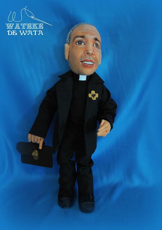 muñecos profesiones personalizados con tu cara hechos a mano baratos