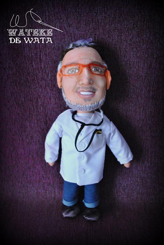 figura personalizada hecha a mano de doctor