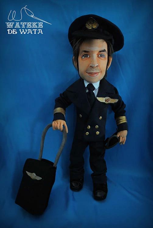 muñecos de profesiones y oficios personalizados, figura de piloto hecha a mano