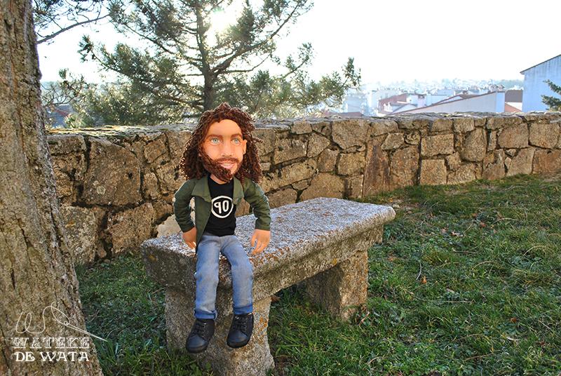 figura Chris Cornell, muñeco de trapo artesanal para regalar