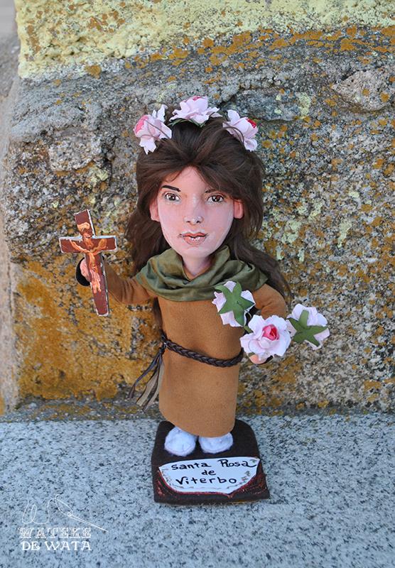 muñeca personalizada de santa católica italiana Santa Rosa de Viterbo. Figuras de santos hecas a mano